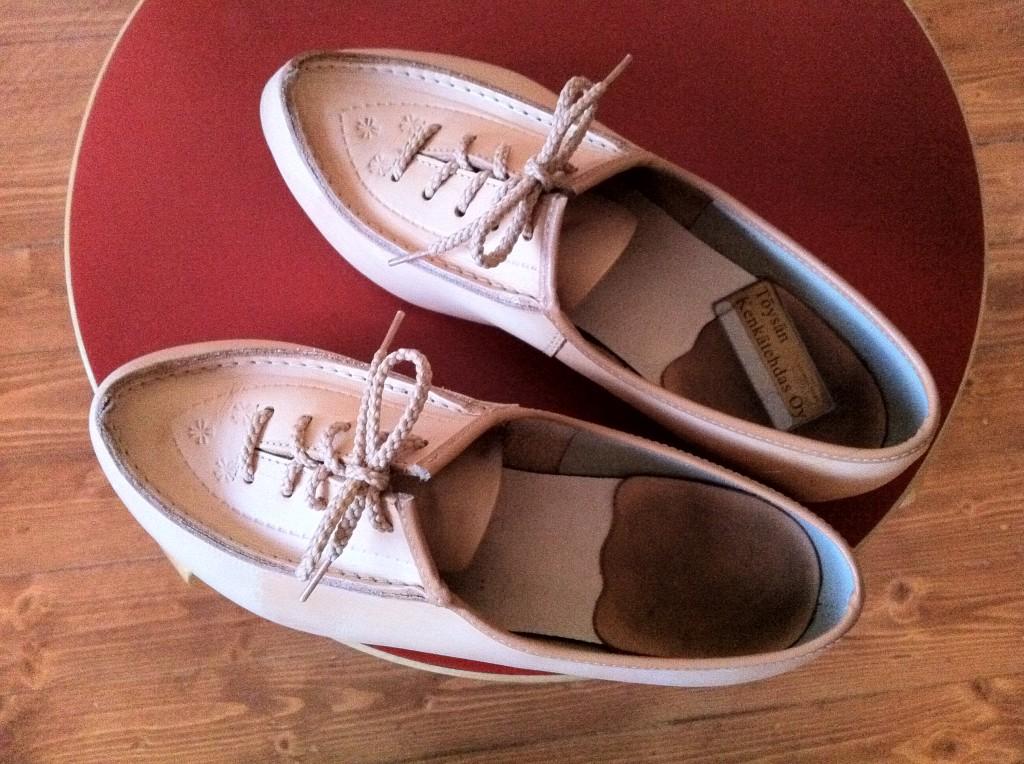 Töysän kenkätehtaan kunniaksi on sanottava, että yhtään rakkoa ei ole supikkaista tullut. Kuva: Kati Mikkola