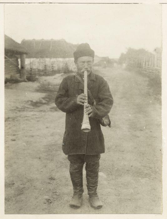 Johannes Muurahainen, kuvaaja A.O. Väisänen Inkerissä 1914. Kuva: SKS